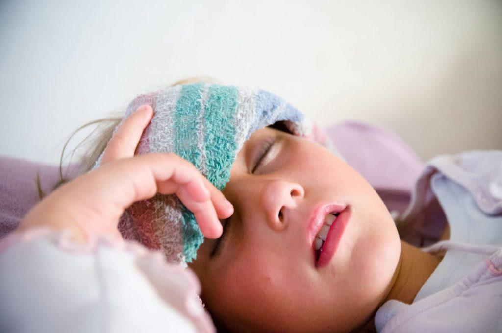 Các triệu chứng đặc trưng giúp nhận biết sớm bệnh Sốt rét