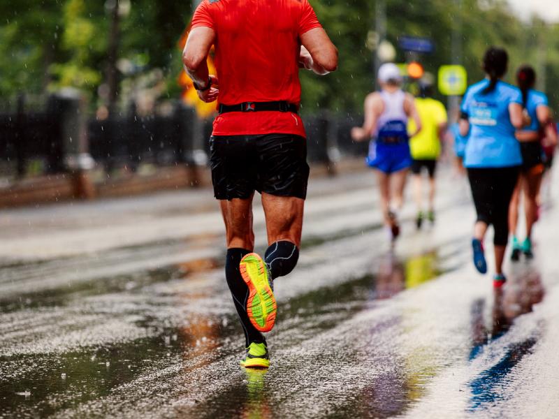 Đừng bỏ qua những lưu ý quan trọng sau khi chạy Half-marathon