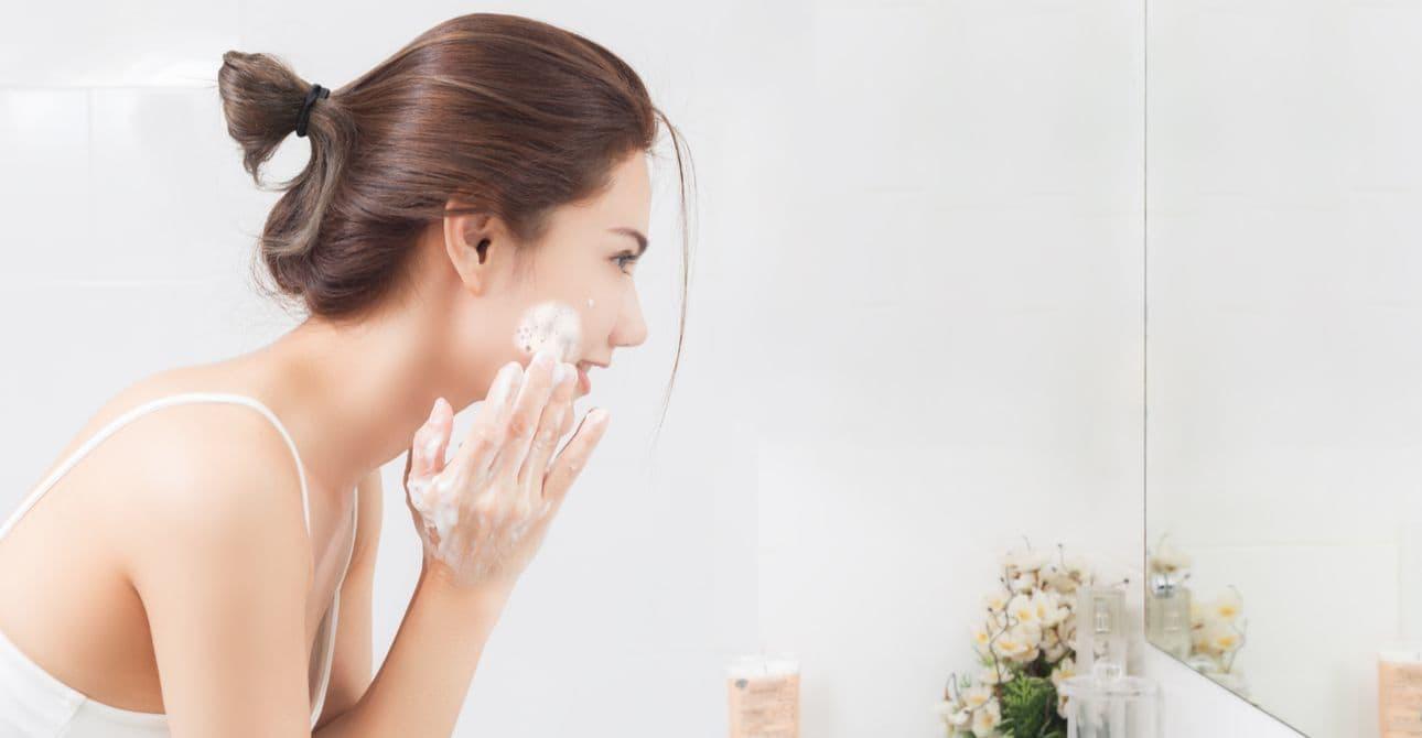 Các bước chăm sóc da mặt trước khi đi ngủ