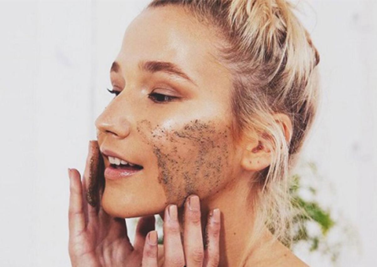 Làm sạch da để loại bỏ bụi bẩn