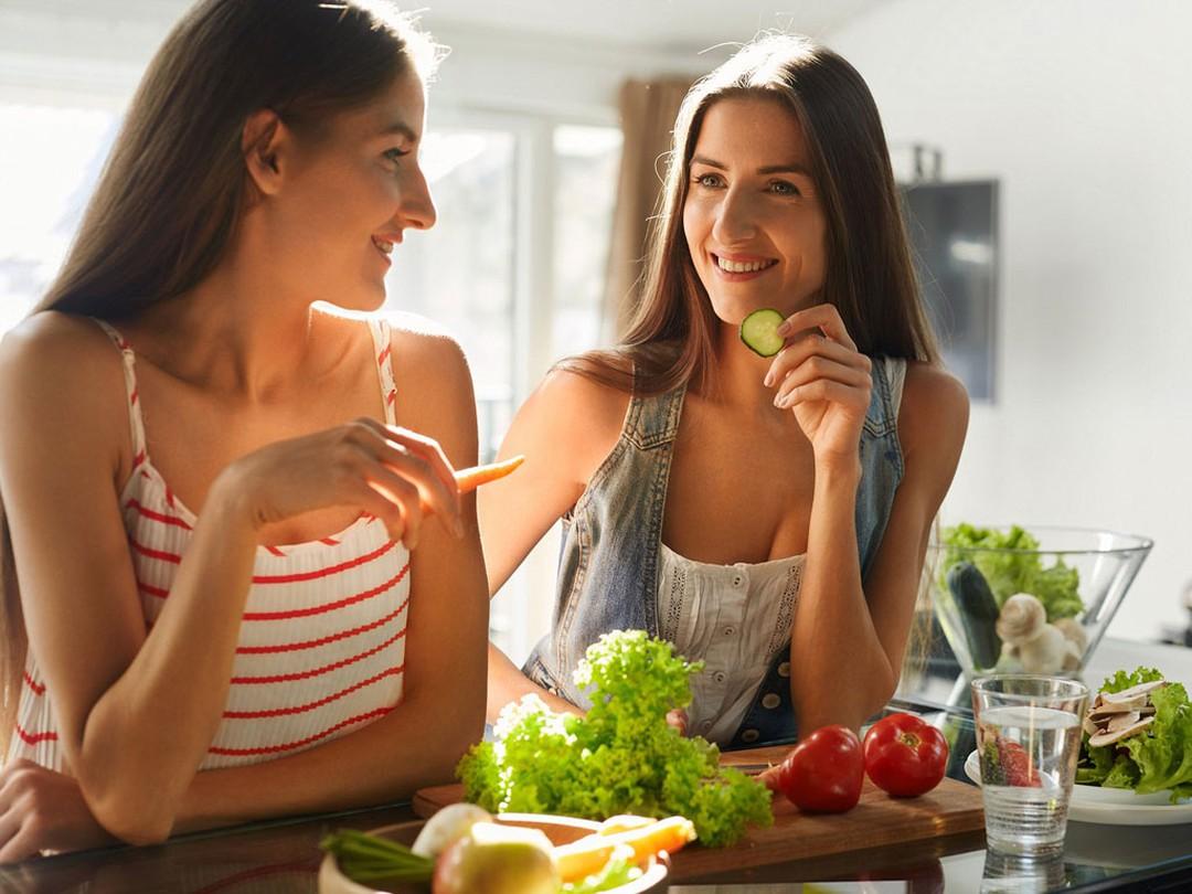 phụ nữ trung niên nên ăn gì